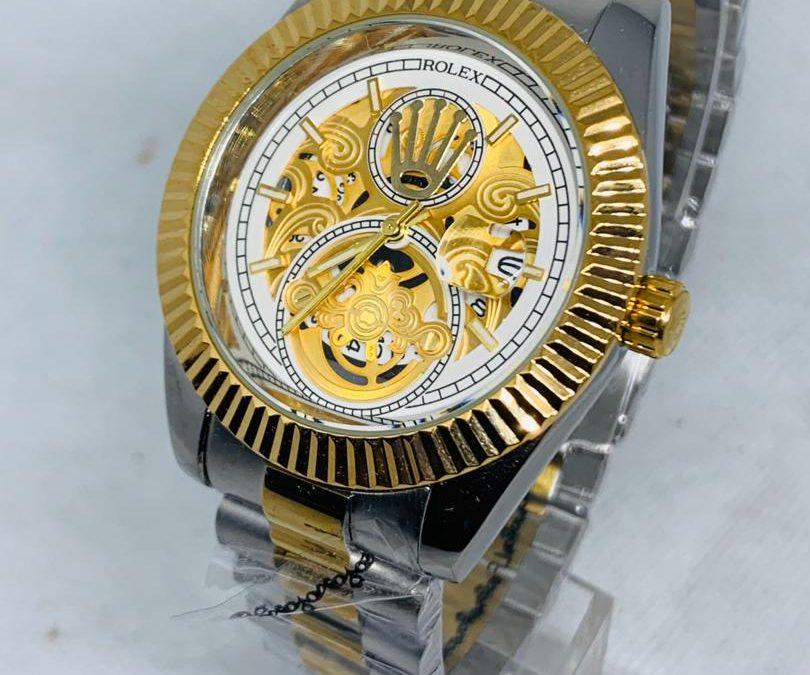 Jusqu'à 40% de réduction sur une sélection de montres Rolex de Ets Innoservices